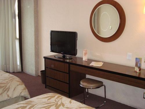 Hotel Real Plaza - фото 3