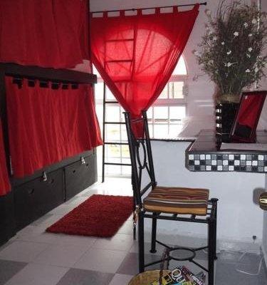 Hostal Galerie - фото 4
