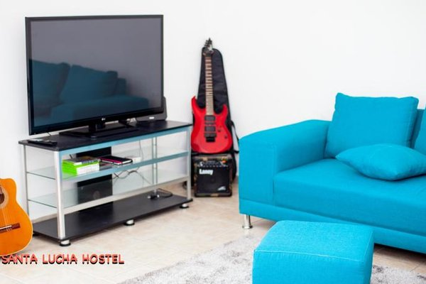 Santa Lucha Hostel - фото 3