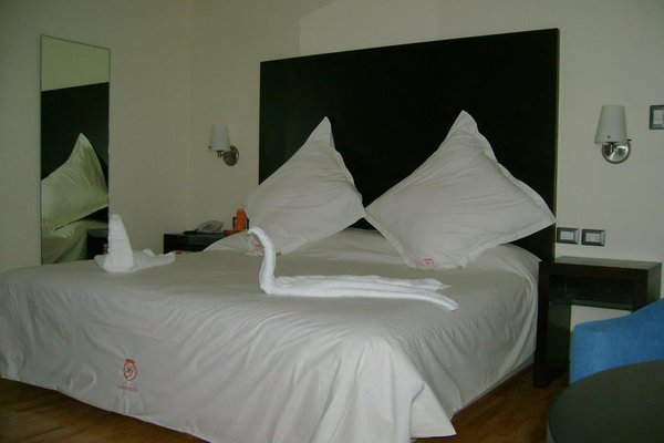 Hotel Granada - фото 1