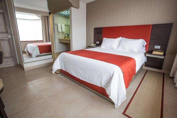 Hotel Puente Real - фото 1