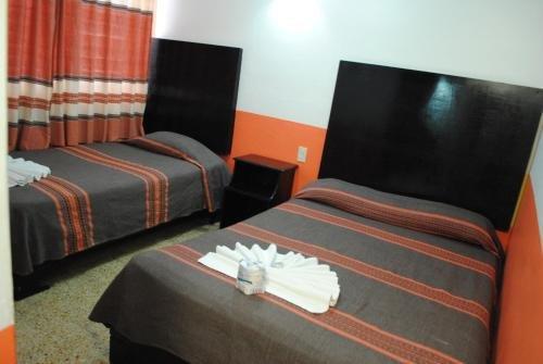 Hotel Jimenez - фото 1