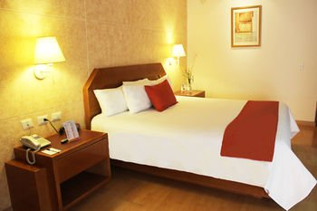 Hotel Comfort Inn Monterrey Norte - фото 1