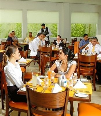 Hotel Comfort Inn Monterrey Norte - фото 11