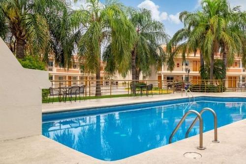 Hotel Comfort Inn Monterrey Norte - фото 21