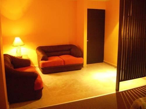 Hotel Le-Gar - фото 1