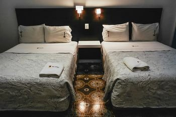 Hotel Santiago - фото 4