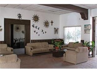Hotel Hacienda Bugambilias - фото 7