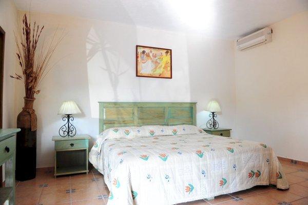Гостиница «Montroi Express», Колима