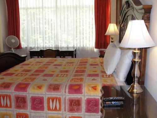 Hotel Casa Gonzalez - фото 4