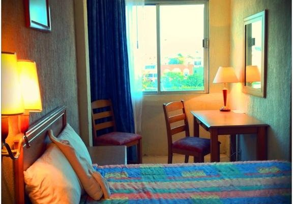 Hotel Baluartes - фото 1