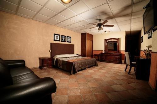 Hotel La Mansion Suiza - фото 1