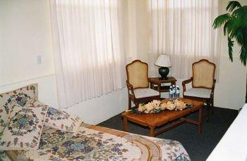 HOTEL VILLAS DEL BOSQUE - фото 1