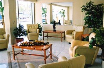 HOTEL VILLAS DEL BOSQUE - фото 2