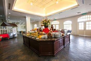 Puteri Resort Ayer Keroh - фото 14