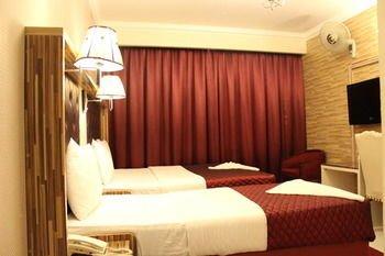 Sutchi Hotel - фото 1
