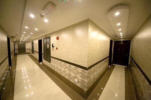 Sutchi Hotel - фото 17