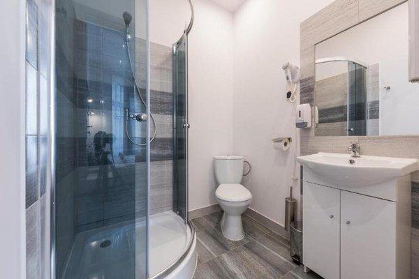 Queen Apartments - фото 20