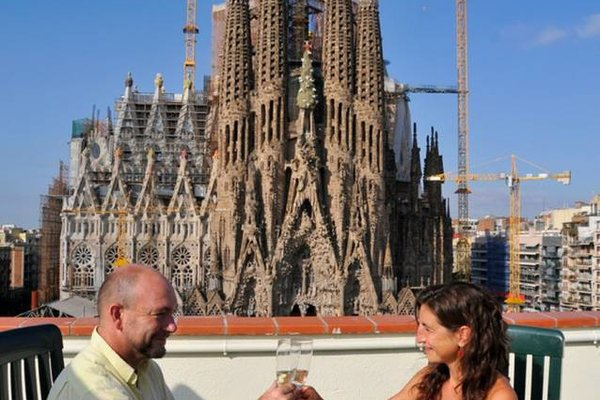 Gaudi's Nest Apartments - фото 19