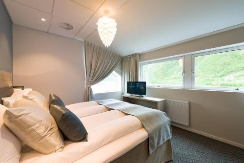 Fru Haugans Hotel - фото 50