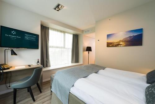Fru Haugans Hotel - фото 2