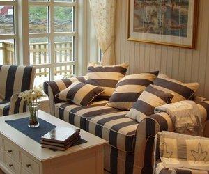 Lofoten Rorbusuiter Kabelvag Norway