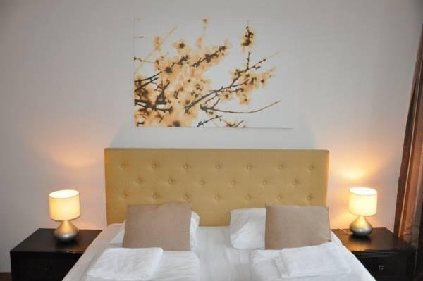 BASIC HOTEL MARKEN - фото 2