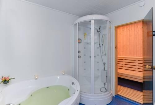 Gronnbuene Rorbu Hotel - фото 14