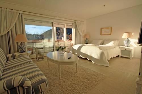 Sunde Fjord Hotel - фото 1