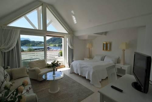 Sunde Fjord Hotel - фото 2