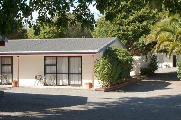 Camellia Court Family Motel - фото 20