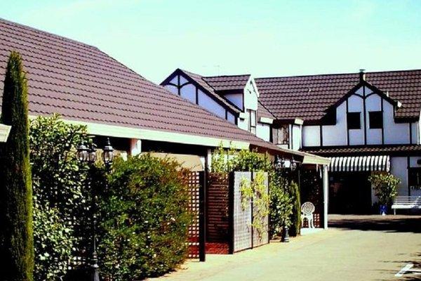 Tudor Lodge Motel - фото 21