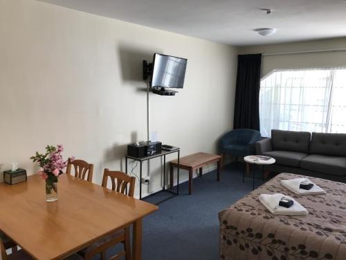 Tudor Lodge Motel - фото 6