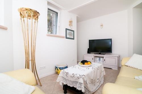 Apartments Carmen & Tosca - фото 5