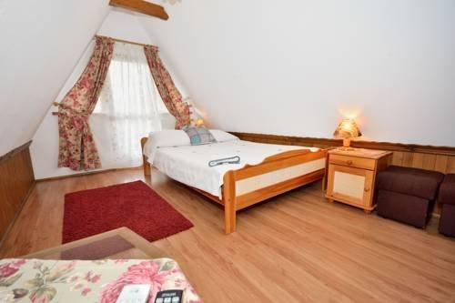Pokoje Goscinne Pod Lipa - фото 10