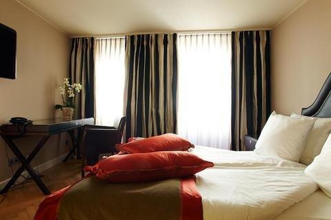 Stein Hotel - фото 0