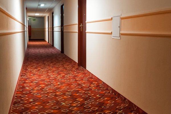 Hit Hotel - фото 18