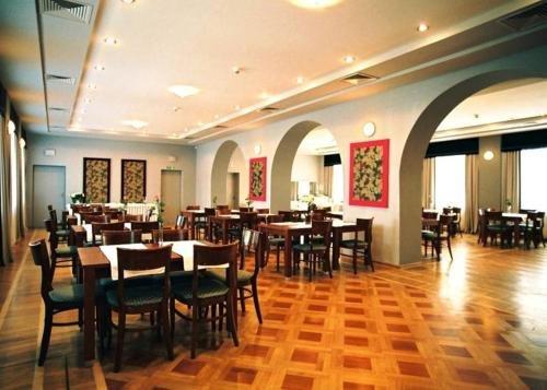 Hotel Lazienkowski - фото 13