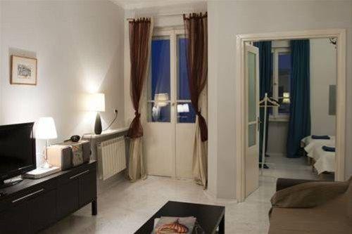 Koro de Varsovio - Apartament Chmielna 6 - фото 1