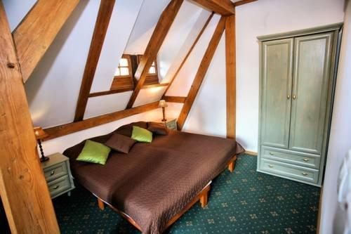 Hotel Przy Oslej Bramie - Zamek Ksiaz - фото 3