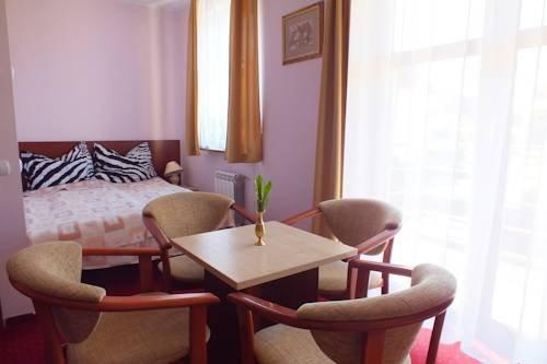 Hotel Aleksander - фото 2