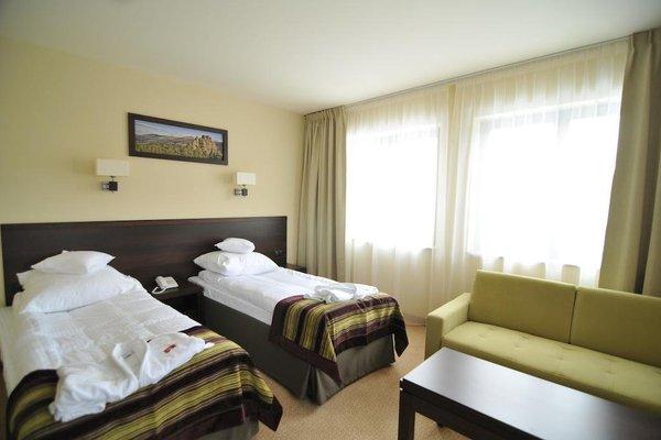 Hotel Krysztal Conference & Spa - фото 1