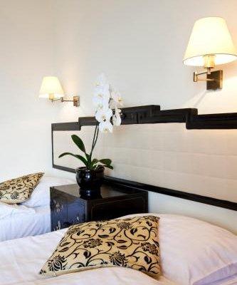 Hotel Zhong Hua - фото 2