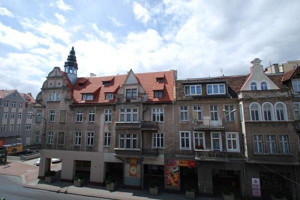 Lunatic Hostel, Сопот