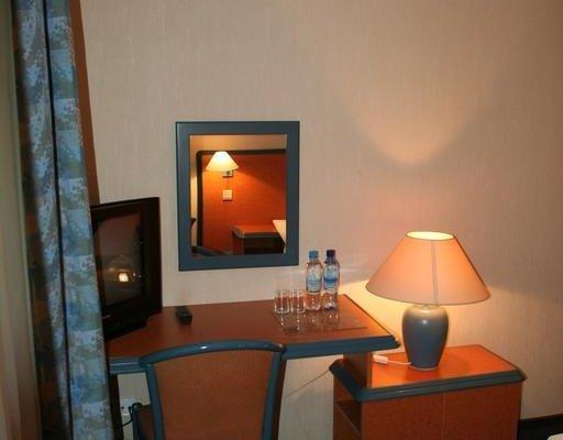 Hotel TenisHouse - фото 1