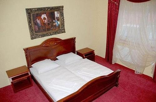 Hotel Dobosz - фото 1