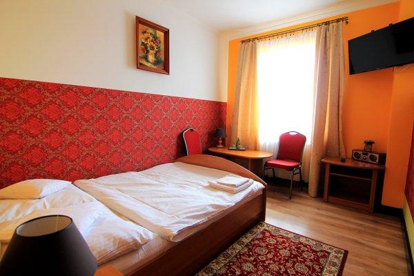 Hotel Fus - фото 1