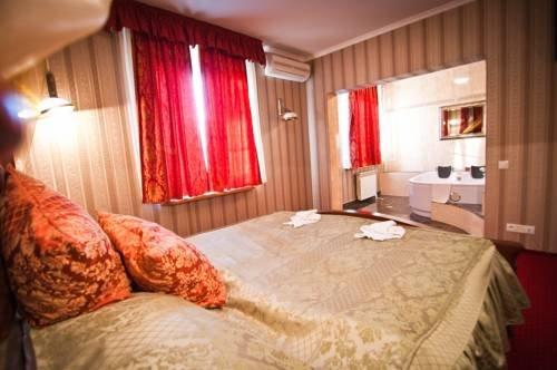 Hotel Mazurski Dworek - фото 1