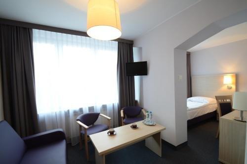 Hotel PZMot - фото 2