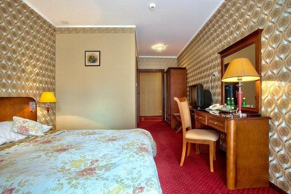 Hotel - Dworek Tryumf - фото 1
